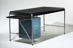 Arne Jacobsen desk, Denmark (1952)   Rud Rasmussens Snedkeri