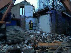 Jaap Schouten  Mijnsheereland melding van rookontwikkeling bij een slooppand, brandweer reeds ter plaatse