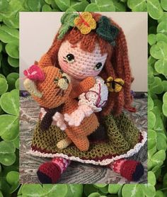 https://flic.kr/p/KiGLuB | Geillis, Shamrocks and butterflies | My all time favorite pattern by my dear friend Beth Webber. She is fully jointed and I love that about this pattern. Pattern can be found here byhookbyhand.blogspot.com/search/label/Bleuette ♡ lovely doll