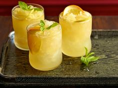 Sparkling Bourbon Lemonade Recipe : Bobby Flay : Food Network - FoodNetwork.com @Dorothy Jakovina