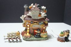 Lighted Halloween Ghoulsville House Pumpkin Factory Hand Painted Porcelain Decor #unknown