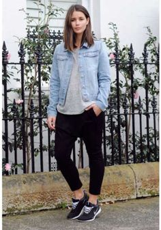 harper and harley_normcore_westfield carindale_sara donaldson_fashion How To Wear Sweatpants, How To Wear Leggings, Leggings Are Not Pants, Fall Outfits For Work, Winter Outfits, Summer Outfits, Sporty Outfits, Sporty Style, Jeans Con Tennis
