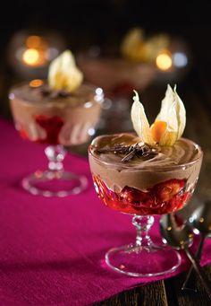 Suklaamousse ja marinoidut mansikat | Jälkiruoat | Reseptit – K-Ruoka