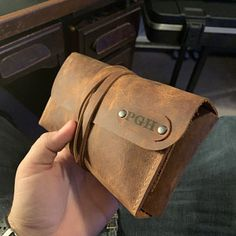 Leather Valet Tray, Leather Roll, Thick Leather, Leather Pouch, Cigar Travel Case, Cigar Cases, Leather Projects, Handmade Leather, Leather Working