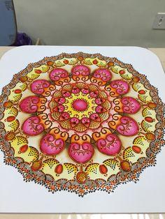Mandala pintada com técnica de stencil,sombra,luz,filetes e boleador