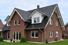 Landhaus mit 190,99 qm Wohnfläche, 3 Kinderzimmern und überdachtem Eingang