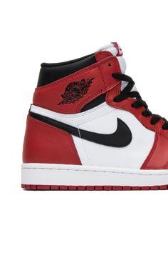 low priced 2562f aefa9 Air Jordan 1 Retro High OG  Chicago  Jordan 1, Nike Air Force,