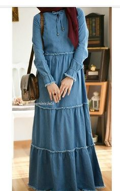 Abaya Fashion, Fashion Wear, Denim Fashion, Fashion Dresses, Warm Dresses, Modest Dresses, Hijab Evening Dress, Moslem Fashion, Modele Hijab