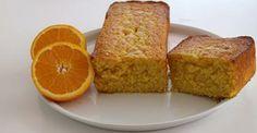Algunas veces, un almuerzo que se alarga y hay que improvisar la merienda… Algo rápido y fácil y con ingredientes sencillos…¡ Un bizcocho de naranja ! http://postresentreamigos.com/bizcocho-de-naranja/