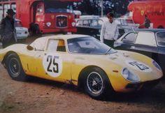 le-mans 1965 start | 1965 Le Mans 24h, paddock Ecurie Francorchamps with the Ferrari 250 LM ...