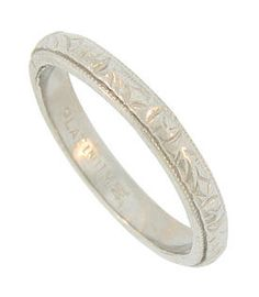 1900 wedding band - in my size!