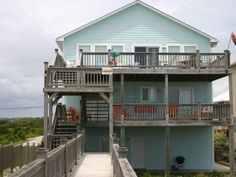 House vacation rental in Surf City  6 Bedrooms, 5 bath, Sleeps 15, Beds for 14-15  $2,750 (pre 6/13), $4,695 (post 6/13)