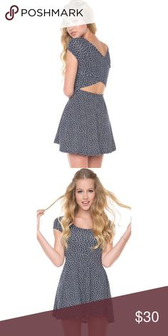 Offers welcome Brandy Melville staple Bethan dress. Blue with white daisy print. I have used this dress on several occasions and I always get compliments! I have sold this dress is other colors/prints but this print was one of the originals and I wasn't sure if I was ready to part with it. No tears, stains, snags or holes that I have ever noticed. Brandy Melville Dresses Mini