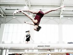 Viktoria Komova (gymnasticart)