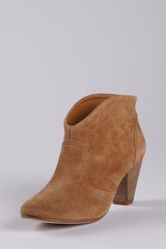 Steve Madden is 50%-75% off!!  Going Fast!! Super Sale!!!   www.hautelook.com/short/3BwjC