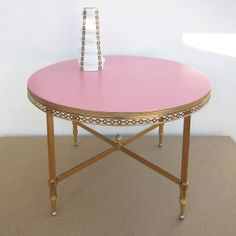 RESTORED BRASS Vintage Coffee Table, Coral Pink Round 1960s Side Table,  Brass And Coral Pink Coffee Table