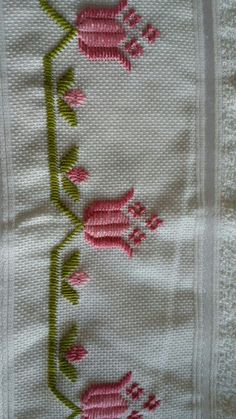 ponto reto - toalhabordado bargello o florentino ile ilgili görsel sonucu Embroidery Designs, Types Of Embroidery, Learn Embroidery, Hand Embroidery Stitches, Embroidery Techniques, Ribbon Embroidery, Cross Stitch Embroidery, Cross Stitch Patterns, Machine Embroidery
