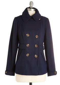 Farm Here to Eternity Coat in Navy. Cozy in this navy double-breasted coat, you reach the highest point of your rural estate. Curvy Outfits, Trendy Outfits, Cute Plus Size Clothes, Curvy Clothes, Vintage Style Outfits, Vintage Fashion, Beach Wardrobe, Coat Sale, Double Breasted Coat
