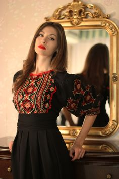 Elegant black dress with red and gold embroidery Frock Fashion, Indian Fashion Dresses, Dress Indian Style, Indian Designer Outfits, Muslim Fashion, Fashion Outfits, Designer Party Wear Dresses, Kurti Designs Party Wear, Stylish Dresses For Girls