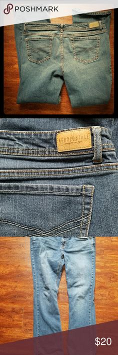 Aeropostale womens 14 Regular bootcut jeans Nice jeans from Aeropostale. Size 14 regular. Not my size anymore. No signs of wear.  Questions and reasonable offers welcome. Discounts for bundles Aeropostale Jeans Boot Cut