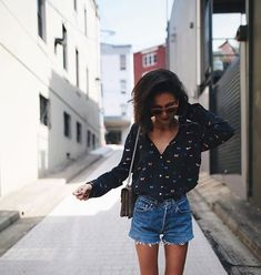 Wearing shirt by @rails_la and shorts #levis #goodnight