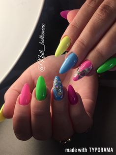 Nail Art Designs and Colors for Summer Get Funky, Hot Beach, Beach Nails, Oval Nails, Perfect Nails, Manicure And Pedicure, Cute Nails, Nail Colors, Nail Art Designs