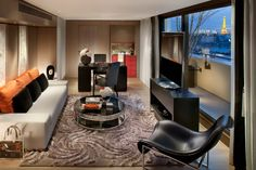 If you are looking for a hotel in Paris, then check out this wonder of the modern architecture. Mandarin Oriental Hotel will take your breath away with grace, Mandarin Oriental, Hotel Paris, Paris Hotels, Paris Paris, Paris City, Luxury Rooms, Luxury Living, Most Luxurious Hotels, Luxury Hotels