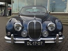 Classic Car News Pics And Videos From Around The World Jaguar S Type, Jaguar Cars, Vintage Cars, Antique Cars, Automobile, 1959 Cadillac, Car Brands, Car In The World, Old Cars