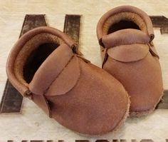 LODGE Loafers  - Baby Soft Sole Leather Shoes / Leather Moccasins Toddler Baby Shoes / Premium Suede Moccs / Boy shoes / Baby gift by BittyToes on Etsy