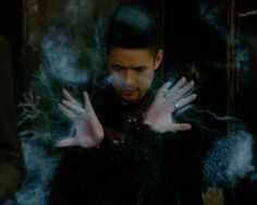 Magnus bane go insane throw some glitter make it rain...a song for Magnus Shadowhunters Tv Show, Shadowhunters The Mortal Instruments, Firefly Series, Magnus And Alec, Clary And Jace, Alec Lightwood, Make It Rain, The Dark Artifices, City Of Bones