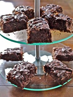 Feijoa brownies by HungryandFrozen blogger from Wellington.
