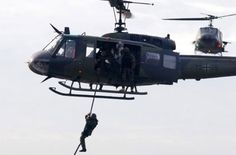 German Army KSK soldiers fast-roping exercise