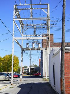 Steel Frame Electric Distribution Alley Towers, Newton IA (4) | Flickr - Photo Sharing!
