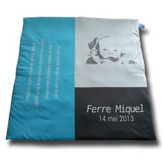 Speelkleed Ferre | Playing quilt Ferre Colours, Quilts, Unique, Design, Comforters, Patch Quilt, Kilts, Log Cabin Quilts, Design Comics