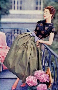 Ciao Bellissima - Vintage Glam; Model wearing Jean Patou (in my mind, this is how I wish the world saw me!)