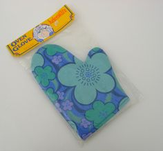 Retro Flower Power Oven Glove, Pot Holder Helenware Never Used Still in Packaging Blue and Purple Mitten Gloves, Mittens, Retro Kitchen Accessories, Oven Glove, Retro Flowers, The Good Old Days, Flower Power, Pot Holders, Retro Vintage