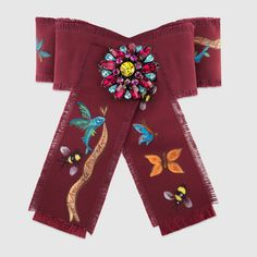 Gucci Unskilled Worker Exclusive Grosgrain Bow Brooch In Bordeaux, Cotton Fitness Club, Team Magma, Ribbon Jewelry, Flower Jewelry, Gucci Jewelry, Jewellery, Fashion Accessories, Fashion Jewelry, Necklaces