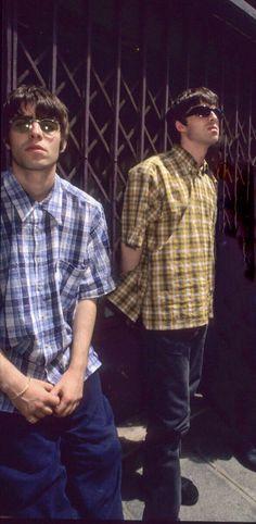 Oasis Music, Liam Gallagher Oasis, Noel Gallagher, Oasis Brothers, Oasis Band, Liam And Noel, Frankie Avalon, Vance Joy, Movies