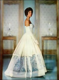 Too Black For America: 1950's Beauty Helen Williams - The First African American Fashion Model >>Helen Williams was the 1st female African American fashion model to break into the mainstream.   But it was the French, rather than the Americans, that embraced her.