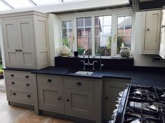 Hand panted kitchen Farrow and Ball Purbeck Stone