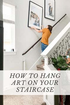 How to hang family photos or art on your stairscase - a super quick and easy method. Hanging Family Photos, Hanging Picture Frames, Hanging Pictures, Wall Decor Crafts, Diy Home Decor, Blogger Home, Painted Front Doors, Diy Frame, Home Decor Inspiration