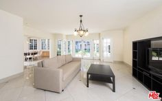 915 N Beverly Dr, Beverly Hills Property Listing: MLS® #17251496 http://www.nookrealestate.com/listing/17251496-915-n-beverly-dr-beverly-hills-ca-90210/ | Nook Real Estate | Search with Style