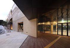 o Centro de suporte Gwangju Biennale, em Gwangju, Coréia do Sul. Projeto do escritório IROJE Architects & Planners. #arquitetura #arte #art #artlover #design #architecturelover #instagood #instacool #instadesign #instadaily #projetocompartilhar #shareproject #davidguerra #arquiteturadavidguerra #arquiteturaedesign #instabestu #decor #architect #criative #photo #decoracion #concreto #afeto #iroje #coreiadosul