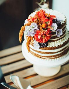 my wedding cake fell over fall wedding inspiration with berries fall wedding 17684