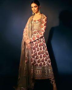 Deepika Padukone Wallpaper, Deepika Padukone Style, Sabyasachi Suits, Sabyasachi Collection, Ethnic Outfits, Indian Couture, 4k Hd, Indian Bridal, Bollywood Actress
