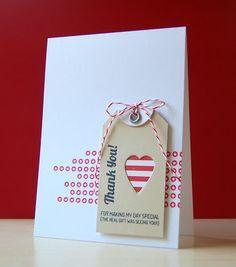 Tarjeta marrón corazón rayas