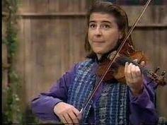 Using her violin, Nadja Salerno-Sonnenberg teaches Big Bird and friend about Emotions through music!  Great little video!!!  http://www.sesamestreet.org/videos#media/video_0d198be8-31e6-11dd-a782-335275be4d09