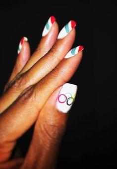 Manicures Olímpicas (Foto: Getty Images e Reprodução/Twit)