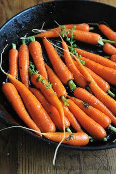 I love honey glazed carrots, its pretty much the only way I will eat them. Haniela's: Honey Glazed Roasted Carrots and How to Season Cast Iron Pan