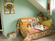 PatchworkPottery: A Can of Inspiration Diy Daybed, Space Crafts, Cool Rooms, Baby Quilts, Color Combinations, Sewing Crafts, Toddler Bed, Sweet Home, Canning